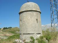Castello di Rampinzeri - posto di guardia - 6 giugno 2010  - Santa ninfa (1703 clic)