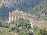 zona archeologica e tempio - 7 luglio 2011  - Segesta (1719 clic)