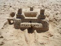 Zona Canalotto - castello di sabbia - 5 agosto 2011  - Alcamo marina (886 clic)