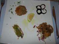 antipasto di mare: timballo di melanzane e gamberi - sarda gratinata al pistacchio - seppia gratinata - da Liborio - 22 agosto 2010  - Castellammare del golfo (2972 clic)