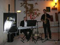 Francesco Rizzomani (piano e voce) e Lorenzo Barbuto (sax) - Parole in Musica - Tutti i sensi che ho - ROSSO DISTRATTO - Festival degli Artisti a cura del Gruppo Archeologico Xaipe - 12 agosto 2010  - Salemi (1547 clic)