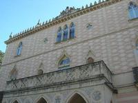 Villa Patti - particolare facciata - 5 dicembre 2010 CALTAGIRONE LIDIA NAVARRA
