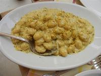 BAGLIO NOVO - primo: gnocchi con panna e granella di pistacchi - 15 agosto 2011  - Fulgatore (1288 clic)