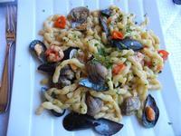 busiate del golfo, con gamberetti, vongole, cozze e pomodorini - La Cambusa - 31 agosto 2011  - Castellammare del golfo (775 clic)