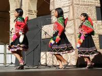 Spettacolo multietnico UNA SOLA FAMIGLIA UMANA nel cortile del Collegio dei Gesuiti - 19 giugno 2011  - Sciacca (843 clic)