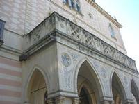 Villa Patti - particolare della facciata - 5 dicembre 2010  - Caltagirone (1490 clic)