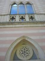 Villa Patti - particolare della facciata - 5 dicembre 2010 CALTAGIRONE LIDIA NAVARRA