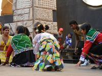 Spettacolo multietnico UNA SOLA FAMIGLIA UMANA nel cortile del Collegio dei Gesuiti - 19 giugno 2011  - Sciacca (549 clic)