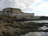 Capo Lilybeo (o Capo Boeo) - vecchi edifici e ristorante - 23 gennaio 2011  - Marsala (1065 clic)