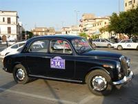 6ª NOTTURNA DI MEZZ'ESTATE - auto posteggiate in Piazza della Repubblica - 9 luglio 2011  - Alcamo (973 clic)