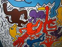 TRILOGIA D'AUTORE - TUTTO MONDO (particolare) - omaggio a Keith Haring (1958 - 1990) - a cura del prof. Giuseppe Monticciolo ed alcuni suoi alunni - I.C. G. Pascoli - 10 giugno 2011  - Castellammare del golfo (762 clic)