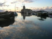Riserva Naturale Orientata Isole dello Stagnone - imbarcadero storico per l'Isola di Mozia - Saline Infersa e mulino a vento - 23 gennaio 2011  - Marsala (1038 clic)