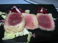 antipasto - tagliata di tonno - da Liborio - 25 dicembre 2010  - Castellammare del golfo (1604 clic)