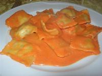 ravioli con ripieno di spinaci e ricotta - Quadrifoglio - 6 gennaio 2011  - Santa ninfa (1579 clic)