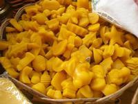 visita all'Apicoltura Cannizzaro - prodotti biologici - caramelle al miele - 5 dicembre 2010  - Grammichele (3719 clic)