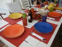 tavola imbandita a casa di Miriam - 28 agosto 2011  - Alcamo marina (1226 clic)