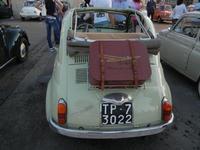 Raduno e sfilata auto d'epoca Fiat 500 - Associazione Amici della Cinquina - Piazza Bagolino - 18 giugno 2011  - Alcamo (1052 clic)