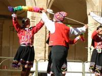Spettacolo multietnico UNA SOLA FAMIGLIA UMANA nel cortile del Collegio dei Gesuiti - 19 giugno 2011  - Sciacca (876 clic)