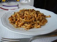 busiate con le sarde - La Cambusa - 24 aprile 2011  - Castellammare del golfo (1328 clic)