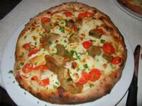 Pizza Scamorza, con pomodorini, mozzarella, funghi porcini, scamorza e prezzemolo - 28 settembre 2011  - Buseto palizzolo (1965 clic)