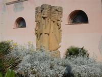 monumento nel giardino di Palazzo D'Aumale - 8 maggio 2011 TERRASINI LIDIA NAVARRA
