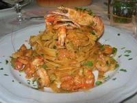fettuccine con scampi e gamberetti - La Cambusa - 16 ottobre 2010  - Castellammare del golfo (1737 clic)
