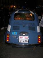 il presepe nella 500 della Polizia Stradale - 4 dicembre 2010  - Caltagirone (1490 clic)