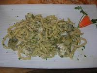 busiate con rana pescatrice e carciofi - La Cambusa - 7 marzo 2011  - Castellammare del golfo (1327 clic)