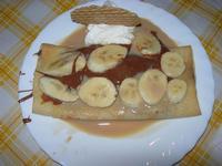 Crepes Africa Baileys, con nutella, banane a pezzetti, Baileys e granello amaretto - La Piazzetta - 11 settembre 2010  - Balestrate (4129 clic)