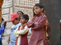 Spettacolo multietnico UNA SOLA FAMIGLIA UMANA nel cortile del Collegio dei Gesuiti - 19 giugno 2011  - Sciacca (1283 clic)