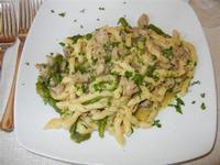 busiate con salsiccia e punte di asparagi - Busith - 12 giugno 2011  - Buseto palizzolo (1321 clic)