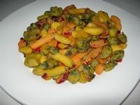 fritto di verdure in pastella - Parco Elimi - 26 giugno 2010  - Segesta (6478 clic)