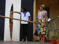 Spettacolo multietnico UNA SOLA FAMIGLIA UMANA nel cortile del Collegio dei Gesuiti - 19 giugno 2011  - Sciacca (610 clic)