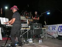 inizia lo spettacolo - I SAPORI DELL'ESTATE - manifestazione organizzata dall'Associazione Socio-Culturale GUARRATO-FONTANASALSA - 8 agosto 2010  - Guarrato (2924 clic)