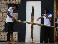 Spettacolo multietnico UNA SOLA FAMIGLIA UMANA nel cortile del Collegio dei Gesuiti - 19 giugno 2011  - Sciacca (555 clic)