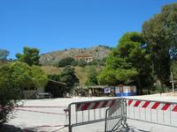 Tempio e area ristoro - 1 agosto 2010  - Segesta (3302 clic)