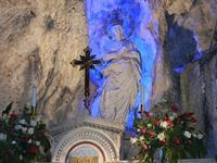 Santuario di Santa Rosalia sul Monte Pellegrino - la grotta - particolare - 8 agosto 2011 PALERMO LI