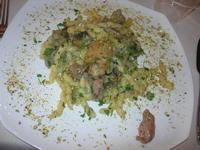 busiate alla boscaiola (con funghi, salsiccia, pistacchio e prezzemolo) - G. e G. - 8 marzo 2011  - Trapani (3336 clic)