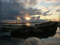 Riserva Naturale Orientata Isole dello Stagnone - imbarcadero storico per l'Isola di Mozia - Saline Infersa - tramonto - 23 gennaio 2011  - Marsala (1140 clic)