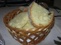 pane affettato - G. e G. - 8 marzo 2011  - Trapani (1910 clic)