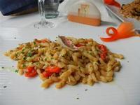 busiate alle triglie e pomodorini Pachino - La Cambusa - 23 maggio 2011  - Castellammare del golfo (1068 clic)