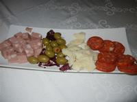 salumi, olive e formaggio - L'Agorà - 1 ottobre 2011  - Segesta (944 clic)