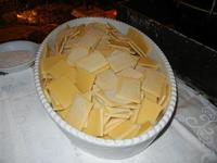 panelle crude pronte per la frittura - L'Agorà - 1 ottobre 2011  - Segesta (946 clic)
