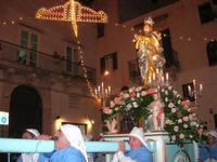 Processione dell'Immacolata Concezione - il rientro in chiesa - 8 dicembre 2010  - Alcamo (1028 clic)