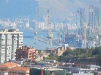 panorama della città e del porto dal Monte Pellegrino - particolare - 8 agosto 2011 PALERMO LIDIA NA