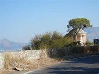 Tempietto di Vesta di Villa Belmonte sul Monte Pellegrino - 8 agosto 2011 PALERMO LIDIA NAVARRA