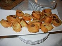 buffet di aperitivi - sfogliatine - L'Agorà - 1 ottobre 2011  - Segesta (934 clic)