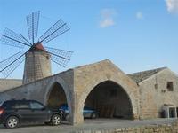 Museo del Sale - mulino a vento - 13 novembre 2011   - Nubia (722 clic)