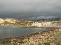 il piccolo borgo visto dal lungomare - 14 febbraio 2010   - Cornino (3013 clic)