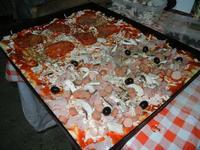 ll pizza da infornare - 24 agosto 2011  - Alcamo (957 clic)